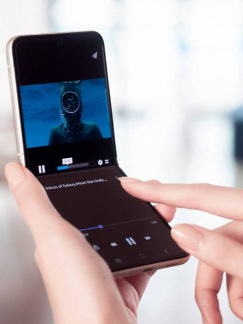 Watching a video on the Samsung Galaxy Z Flip3