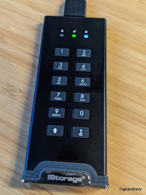 Green and Blue LEDs on the iStorage diskAshur M2 during Admin PIN setup