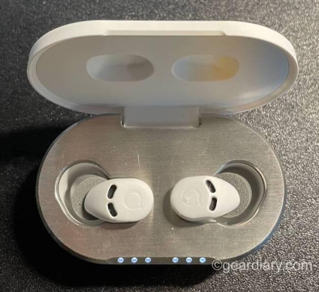 QuietOn 3 sleep earbuds in case