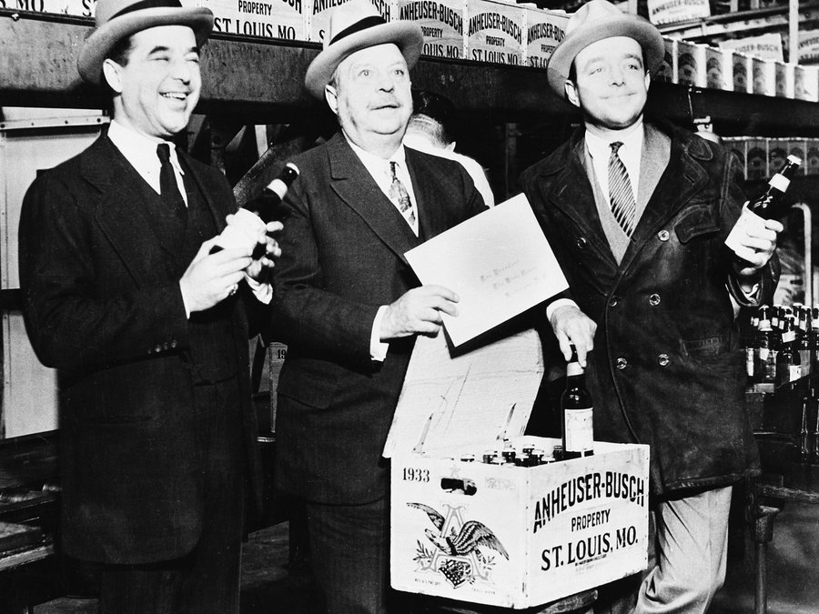 Budweiser Prohibition Brew – Beer Retro Style