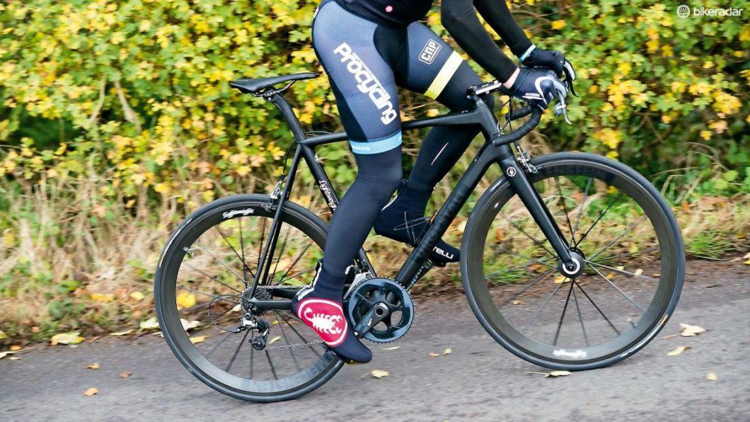 The Lightweight Urgestalt: A German Engineered, Carbon Fiber Bike Frame