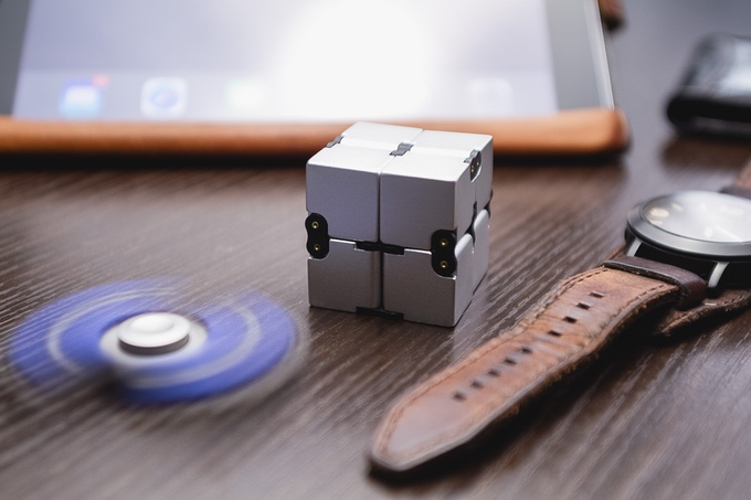 Infinity Cube With Watch