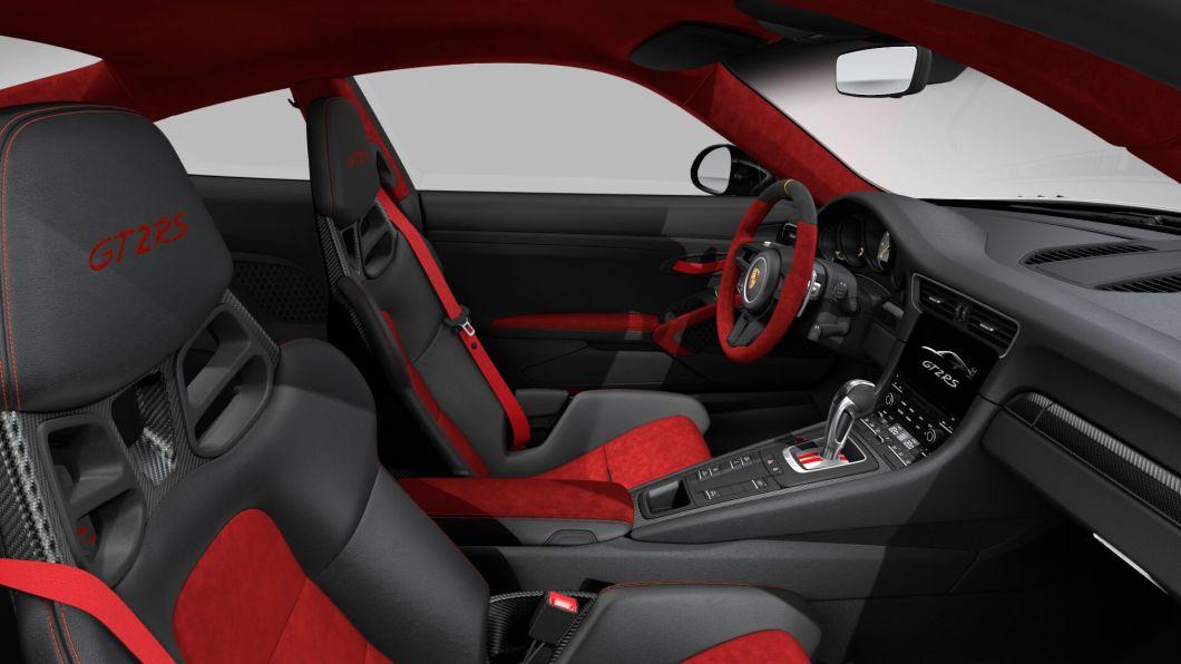 2018 Porsche 911 GT2 Is The Fastest 911 Ever