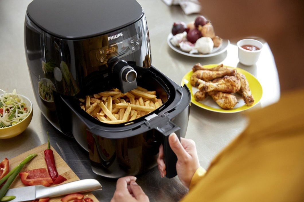 Philips Advance Air Fryer: Fry Your Own Food, Without All The Mess