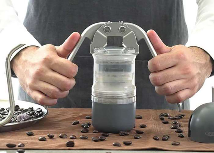 The Leverpresso Is the Lever Espresso Maker We've Been Waiting For