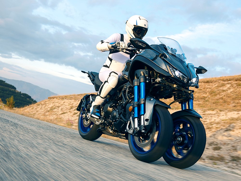 The Yamaha Niken is The Tricycle Grownups Want