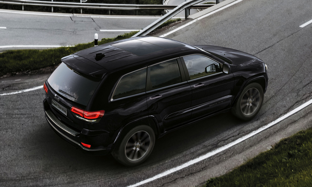 Europe is Getting The Sweet, New, Blacked Out Jeep Grand Cherokee S