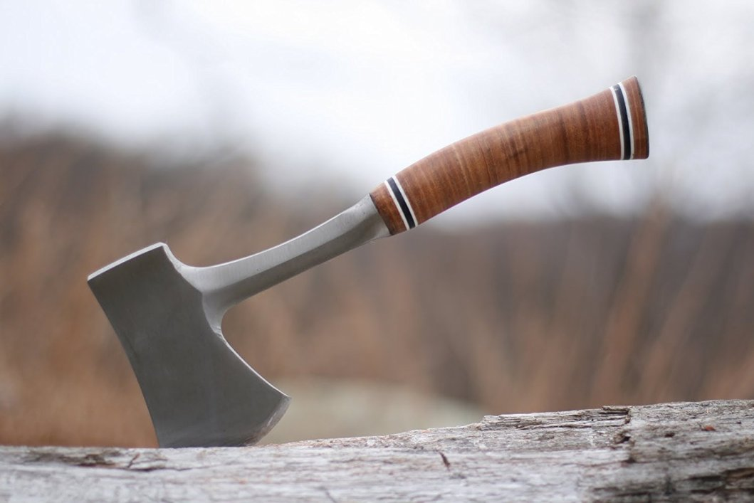 Estwing Sportsman's Axe: Camping Hatchet With Classic Appeal