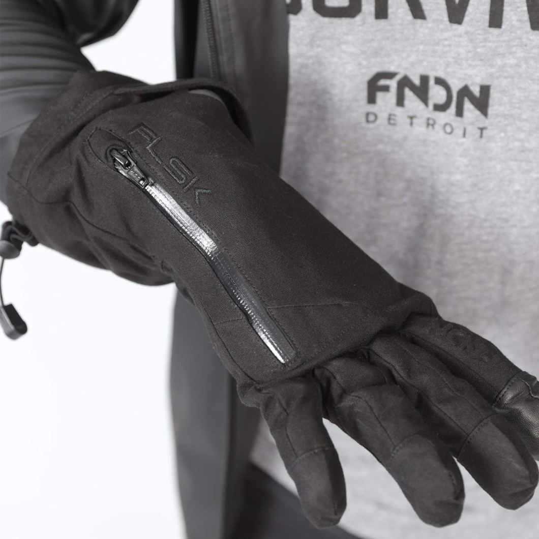 These Flask Gloves Let You Stash A Drink – Right On Your Wrist