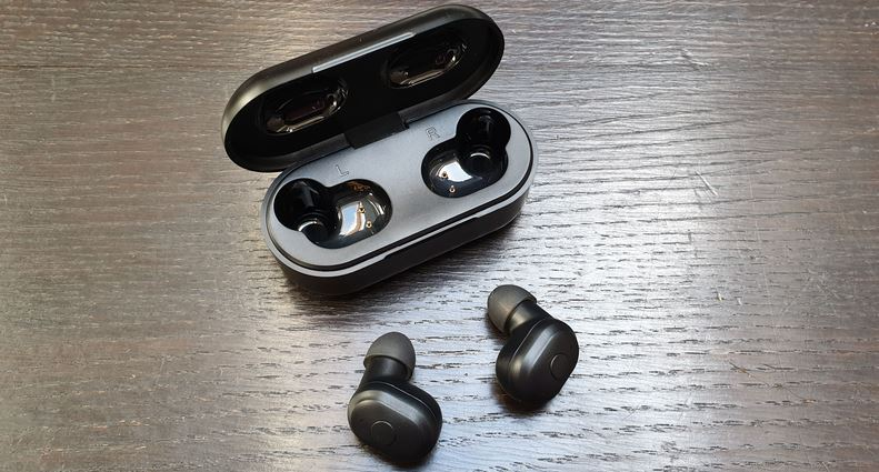 Wireless Earbuds Bluetooth Headphones Bluetooth Earphones Mini in-Ear Earphones Noise Cancelling Mini Sports Earbuds,Built-in Mic Charger Box and Supports All Bluetooth Devices White1