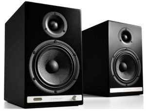 Audioengine HD6 Wireless Bookshelf Speakers
