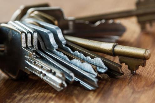 Keys/ID Badges