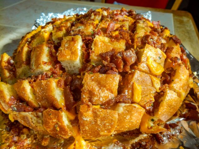 Pull Apart Crack Bread