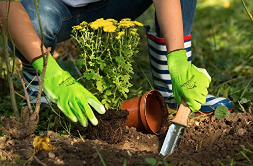 Top 30 Best Gardening Gifts For Mom