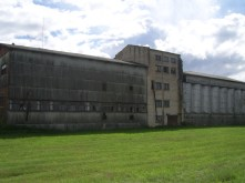 One of the many abandoned buildings along my way to Daugavpils