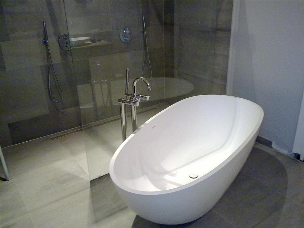Tegels Badkamer Apeldoorn : Badkamer renovatie renoveren verbouwen in de omgeving van apeldoorn