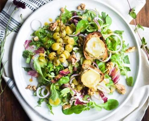 Salade Chevre Chaud med bagte vindruer
