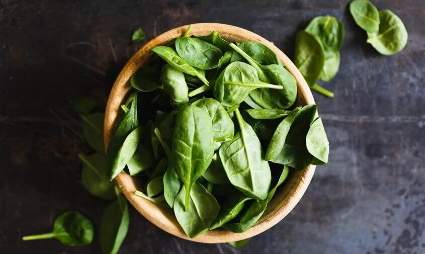 spinatblade til lækker spinattærte, tærter med spinat