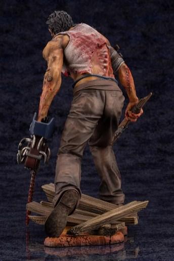dead-by-daylight-le-montagnard-the-hillbilly-statuette-9