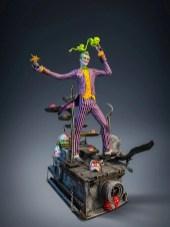 silver-fox-collectibles-statuette-joker-3