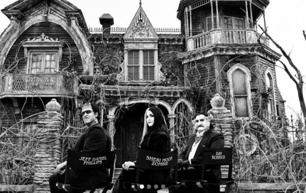 First Look at The Rob Zombie Film THE MUNSTERS with the Cast in Costume and the Creepy Mansion