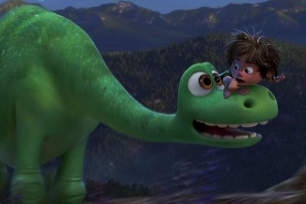 Il viaggio di Arlo: due frammenti del nuovo film Pixar