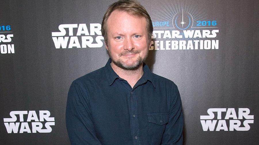 """Rian Johnson spiega cosa significa """"Gli ultimi Jedi""""… o forse no"""