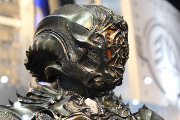 L'armatura Klingon mostrata in anteprima alla Comic-Con di San Diego