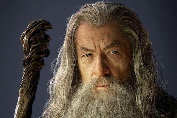 Ian McKellen vorrebbe riprendere il ruolo di Gandalf nella serie TV