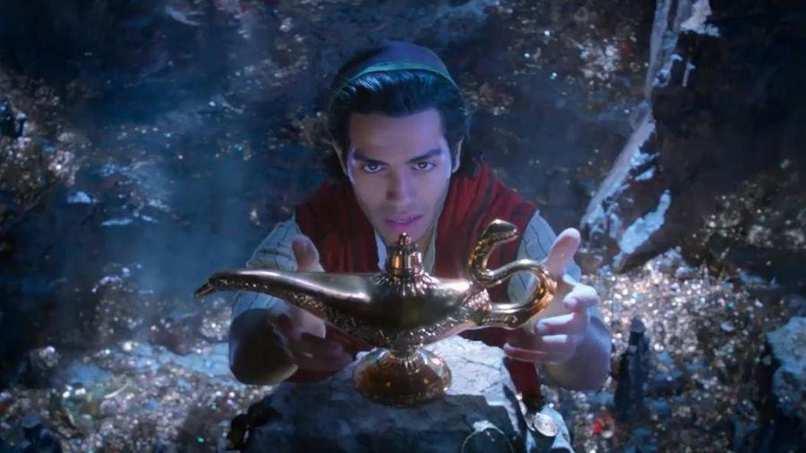La magia di Aladdin: finalmente il primo trailer del remake Disney con Will Smith tutto blu