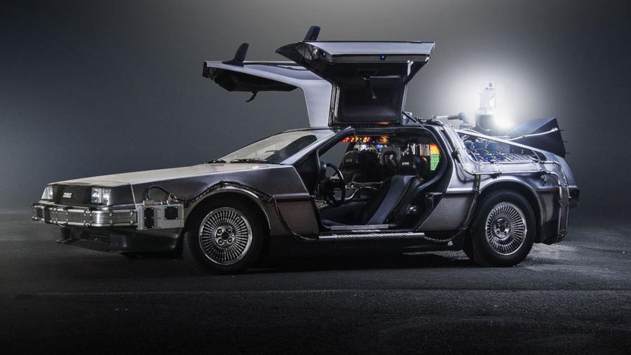 La storia della DeLorean, dal fallimento alla leggenda