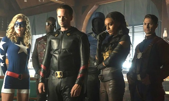 DC's Legends of Tomorrow - elenco