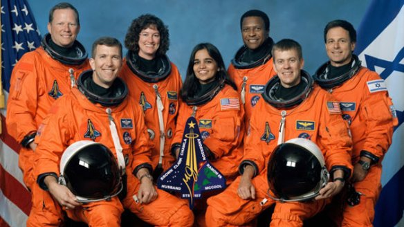 ht_columbia_space_shuttle_disaster_crew_thg_130131_wmain