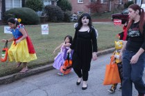 Halloween On Glenwood Terrace 2018 (182)