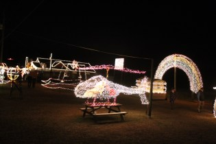 Gilley's Christmas Lights 2018 (44)