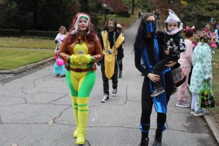 Halloween At Glenwood Terrace 2019 (99)