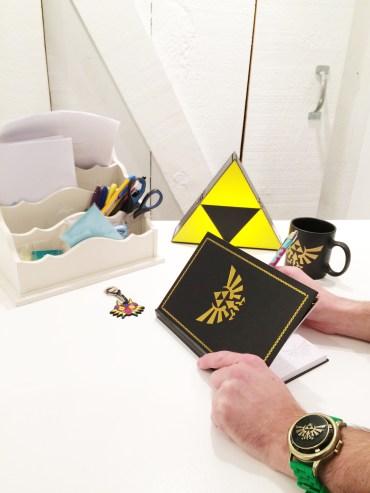 Zelda - Carnet de notes : Hyrule Zelda - Lampe : Triforce Zelda - Porte-Clé : Majora's Mask Zelda - Montre : Link Zelda - Tasse : Hyrule