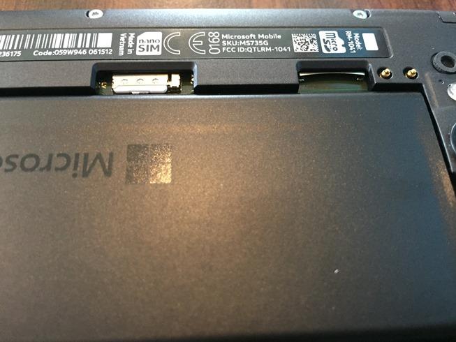 Lumia-735-4