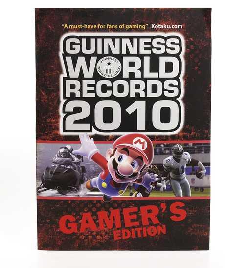 Assasin's Creed 2 dans le livre des Record Guiness - Éditions Gamers