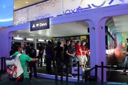 E2013_sony_booth_16