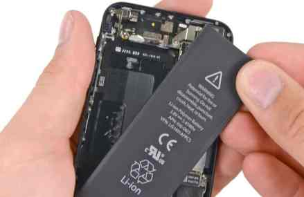 3 Reasons to Replace Your iPhone Battery