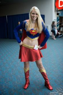 supergirl-cosplay-3