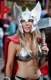 thors-goddess-of-thunder-cosplay-11