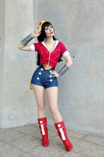wonder-woman-cosplay-43