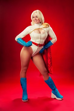 power-girl-cosplay-22
