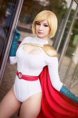 power-girl-cosplay-35