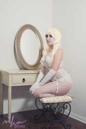 Emma Frost Cosplay 48