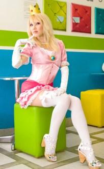 Princess Peach Cosplay 21
