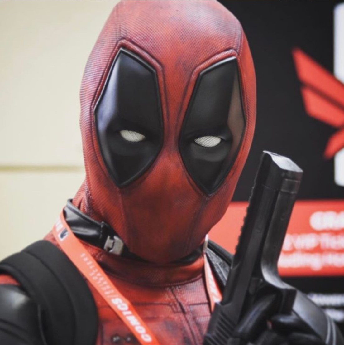 C2E2 2017 Cosplay - Deadpool