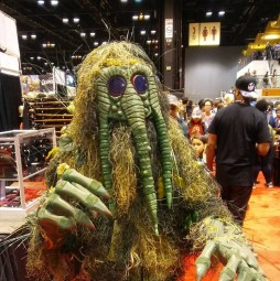C2E2 2017 Cosplay - Man-Thing 2